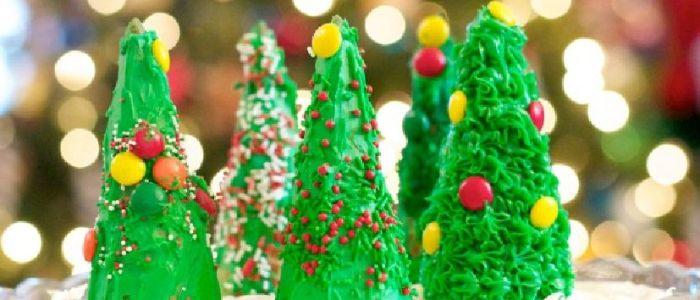 Decorating Edible Christmas Trees